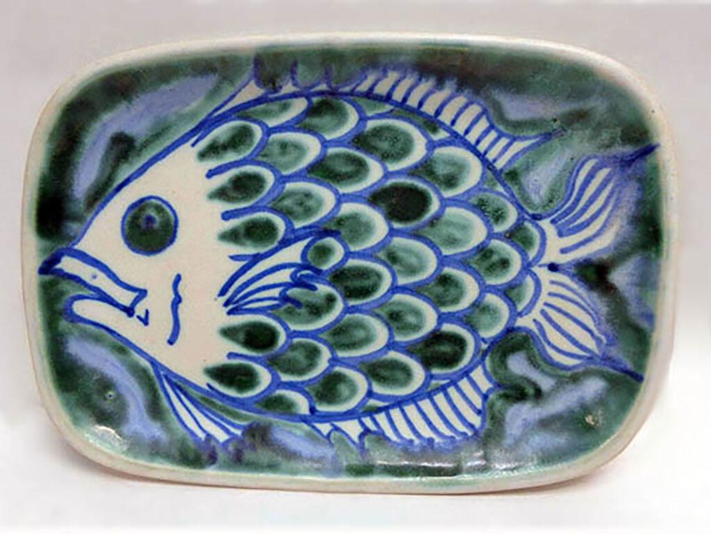 Sandwich Tray n Fish Pattern developed by Brenda