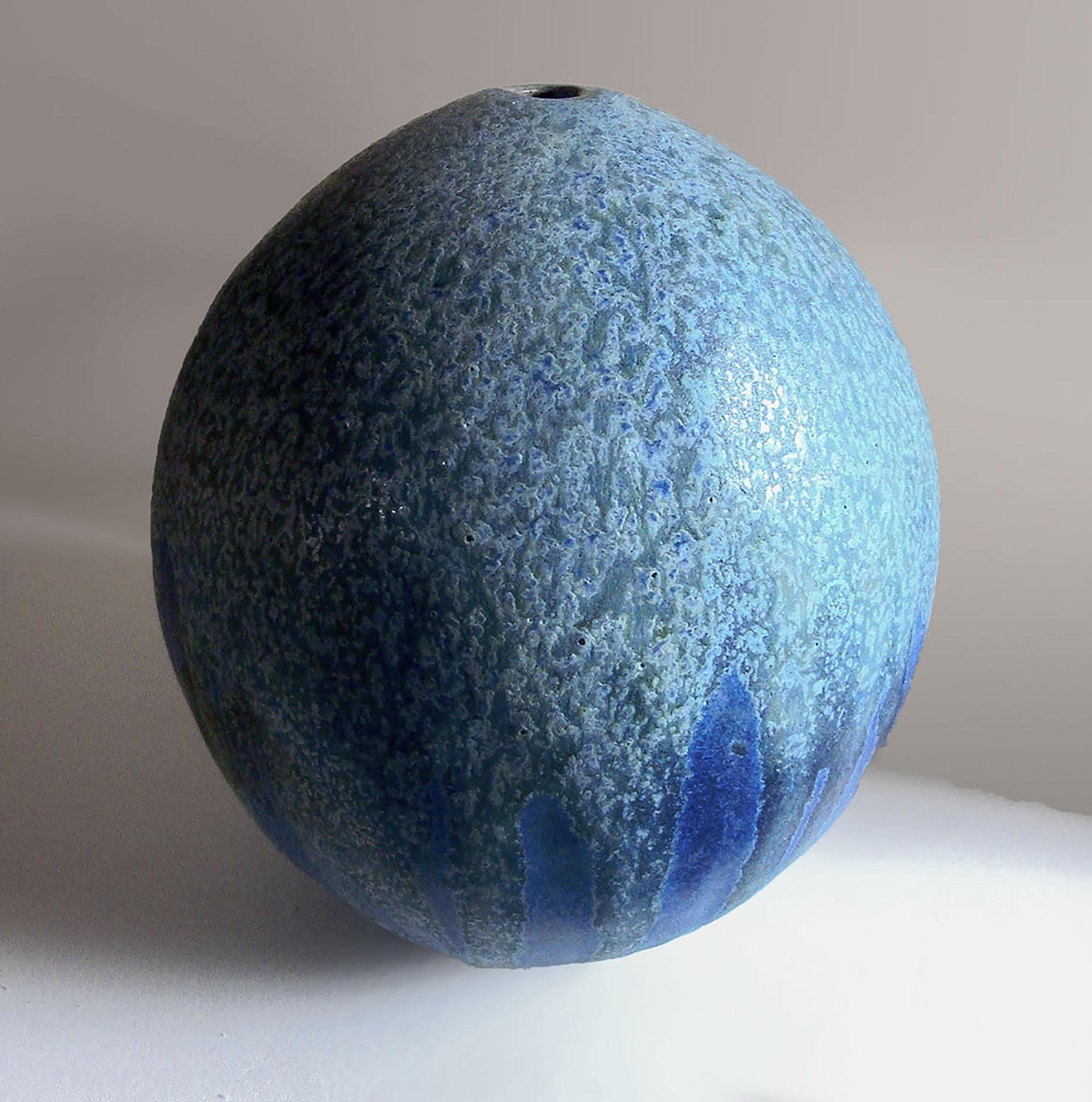 Melon Vase in Blueberry Glaze