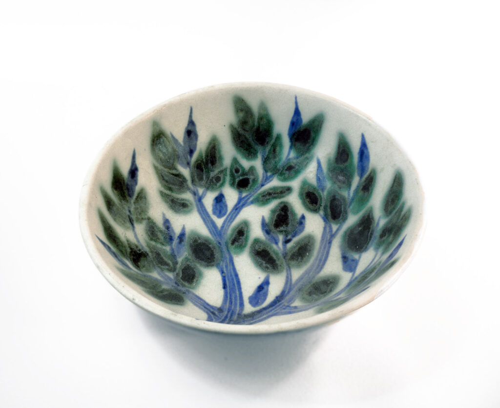 Blue Green Leaf-6847