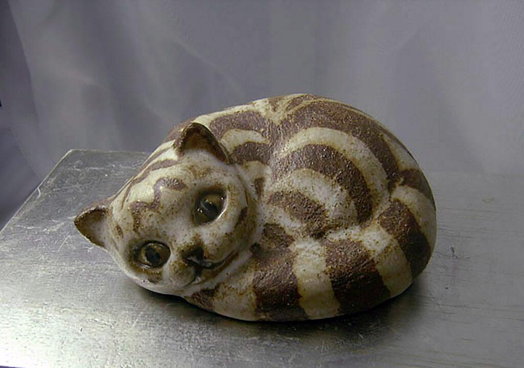 Curled Cat By Brenda in Brown Stripe