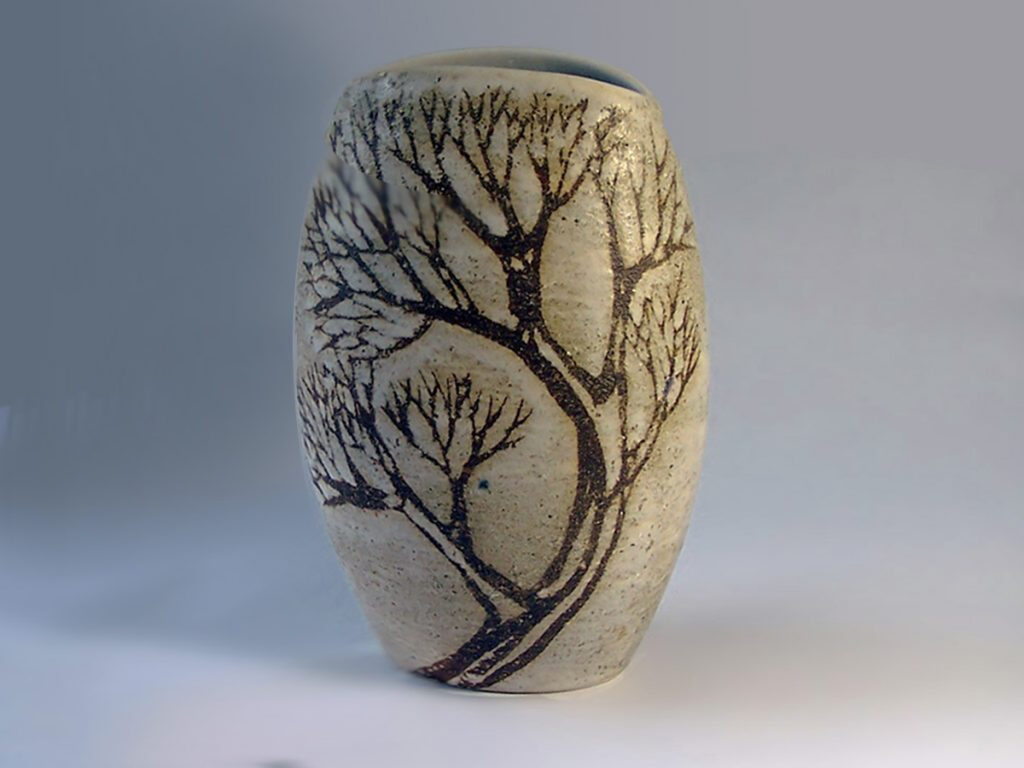 Reverse Oval Cycladic Vase in Brown Tree