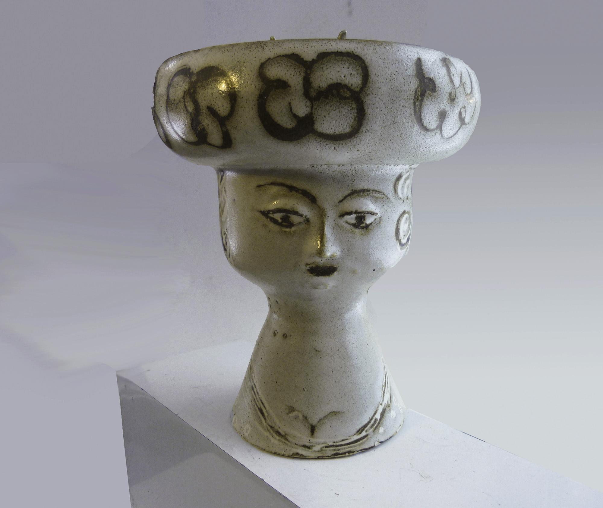 Vase Construct as Lady in a Hat
